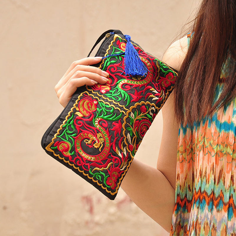 Women's Ethnic Embroidery Clutch 3