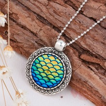 DoreenBeads Handmade Drusy Drusy Resin Cabochon Fish Scale Mermaid Pendant Necklace New Fashion Bohemia Necklace For Woman, 1PC