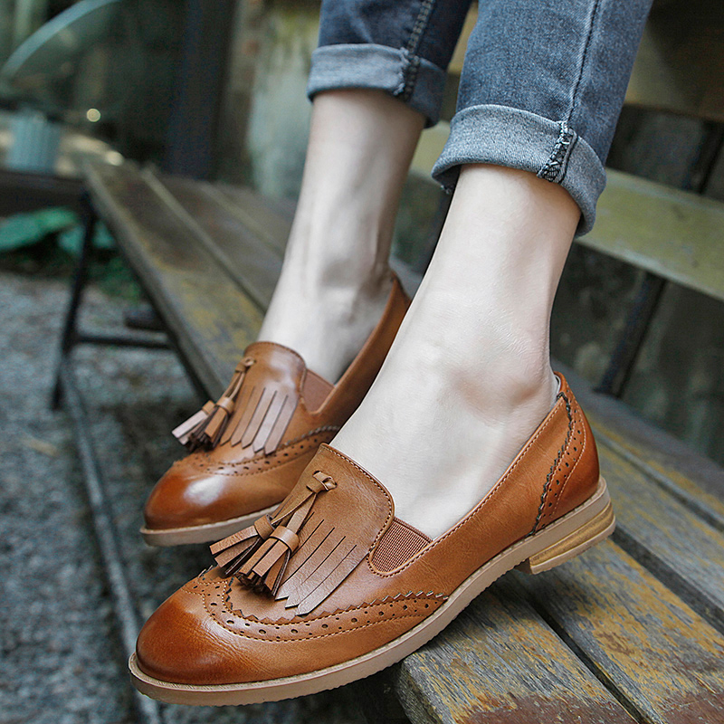 Teahoo 2018 Slip on Women Oxfords Tassels Oxford Shoes for Women Round Toe Flats Loafers Handmade Leahter Brogues Shoes Woman