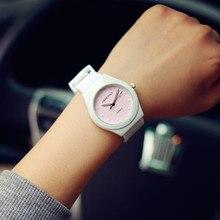 Горячие Продажи Желе Из Силиконовой Резины Конфеты Кварцевые Часы Наручные Часы для Женщин Девушки Студенты Розовый Белый