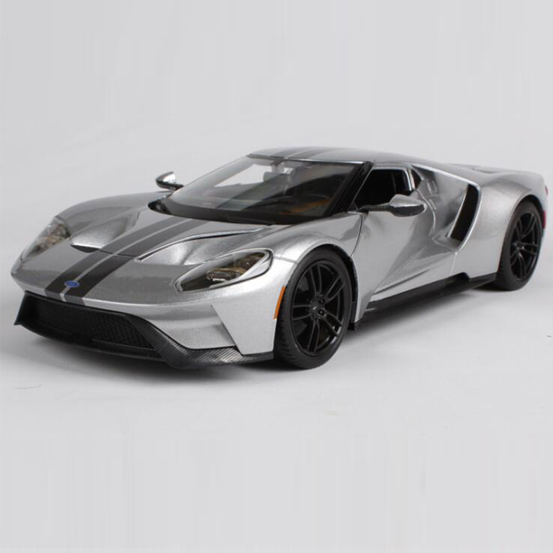 Maisto 1/18 2017 ford GT model car Diecasts&Vehicles ALLOY MODEL CAR four-wheel suspension High Simulation Toy Vehicles carnival is detonated the gt 500 shelby cobra muscle car jada 1 18 simulation models