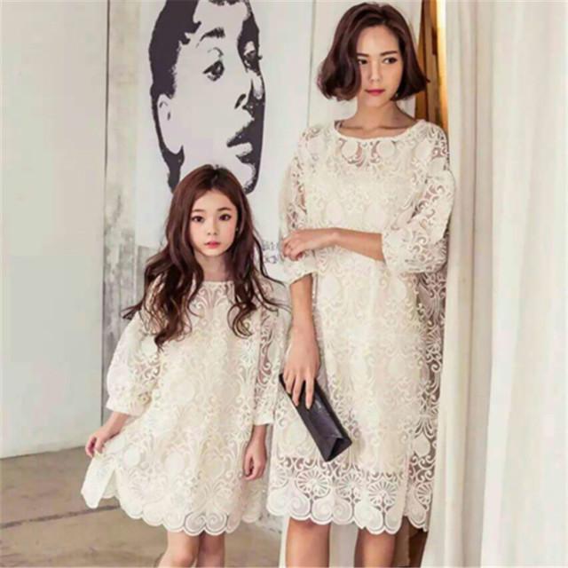 Nuevo 2016 de la familia a juego de encaje de la ropa para niñas y la madre de la familia juego de madre e hija ropa vestido de la muchacha
