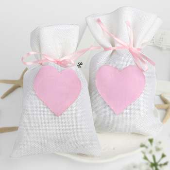 9.5x14.5cm Trendy Beige Natural Linen Drawstring Favor Bags Pouch Heart Shape Wedding Gift Bags Jewelry Bag (Set Of 12)
