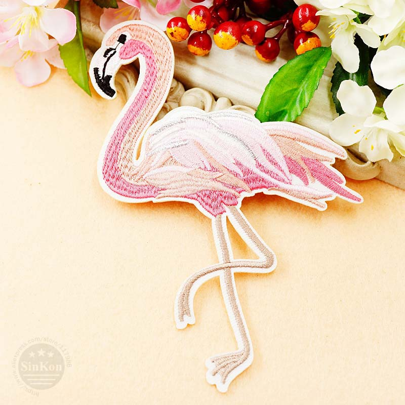 PINK FLAMINGO 9cm Embroidered Sew Iron On Cloth Patch Badge APPLIQUE