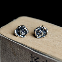 Dark Dream s925 pure silver death rose do old studs earrings product of individual character vogue source of origin