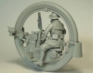 Image 2 - Kit sem pintura 1/35 homem com monowheel moto inlcude 7 cabeças figura histórica kit resina miniatura modelo
