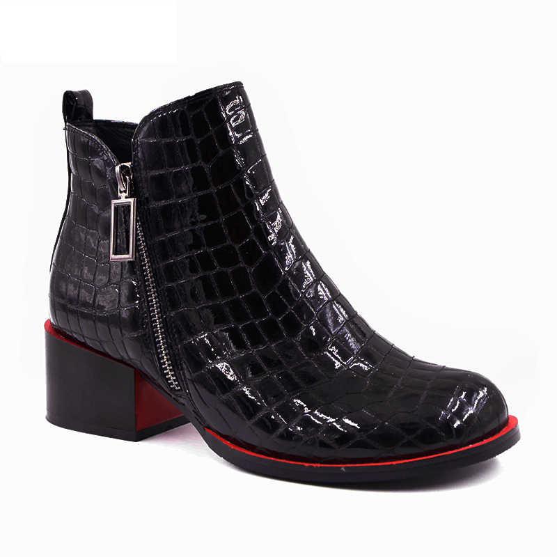Sıcak satış Kadın Botları 2019 Yeni moda ayakkabılar Kadın Hakiki Deri siyah yarım çizmeler Kış sıcak Yün Kar Kare topuk Çizmeler