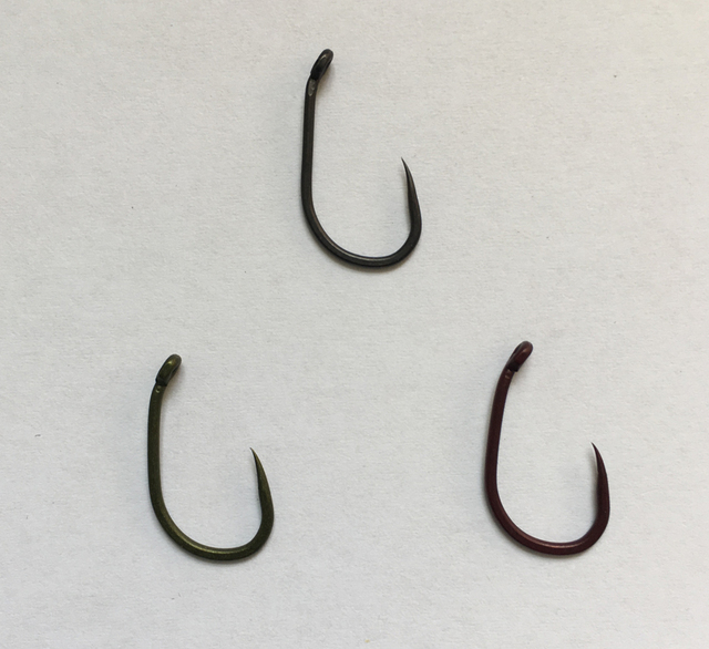 9b32434eab61 100 x Barbless Wide Gape Hook with Beaked Point for Carp Fishing ...