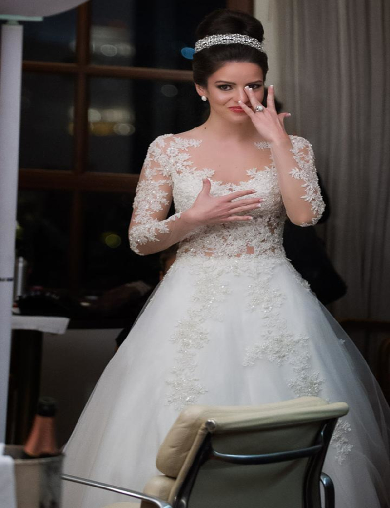 2016 vintage lace a line wedding dresses with full sleeves for Full sleeve lace wedding dress