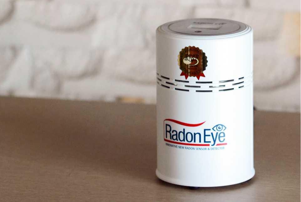 Radon Eye Smart Radon Detector Radon gas checker Rn indoor Free shipping from Korea