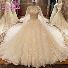 Купить с кэшбэком Real Image OMG Luxury Wedding Dresses Crystals Lace Beading Appliques Royal Train Bridal Gowns 2017 Vsetido De Novia With Shawl