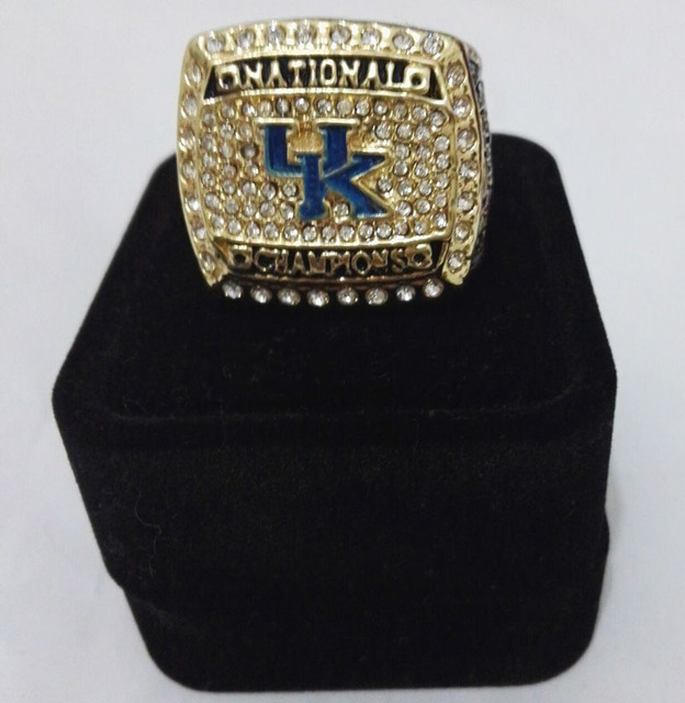 2012 National Collegiate Athletic Association University of Kentucky Zinc Alloy  Sports Fan Championship Ring With Fabric Boxes