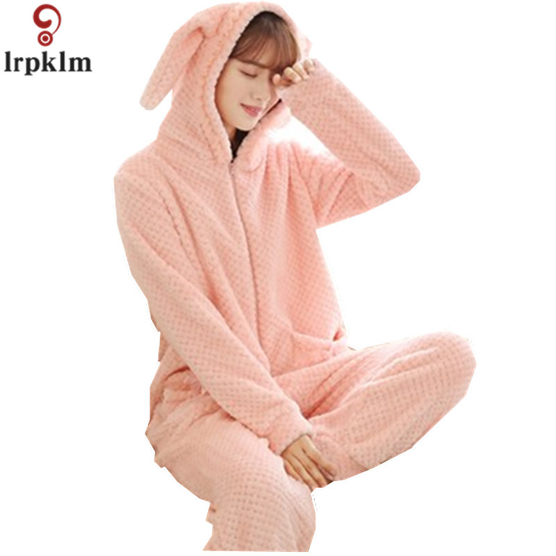 Winter Ladies Flannel Pajamas 2017 New Flannel Piece Pajamas Long Sleeves Home Service Cartoon Hooded Ms Pajamas sy881