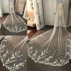 Hot Sell Bridal Veil White/Ivory Simple Small Fowers Lace Long Cathedral Veil Wedding Bridal Veil With Comb Wedding Accessories