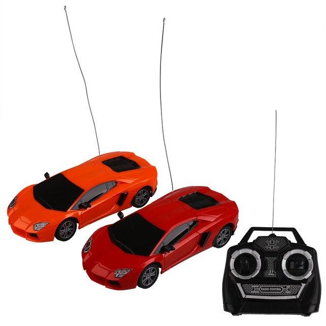 1:24 Литья Под Давлением Скорость Дрейфа Дистанционного Управления RC Гоночный Автомобиль Грузовик Игрушка в Подарок