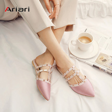 Flat Slippers Women Summer Casual Brand Designer Low Heels Rivet Loafers Mules T-strap Slides Slip On Flat Sandals Flip Flop