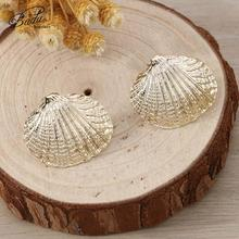 Badu Gold Shell Earrings for Women Fashion Gold/Silver Summer Punk Metal Stud Jewelry Wedding Holiday Party Gifts