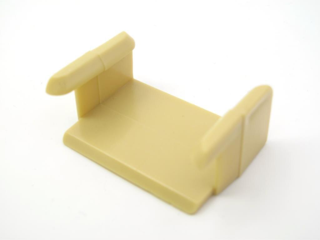 TTC18 Dollar Pemegang Mainan