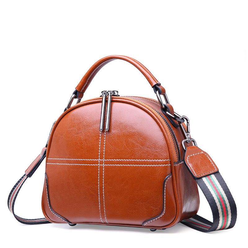 Oil wax cow leather Messenger Bag brand 2019 women 100 genuine leather Retro shoulder bag Delivery