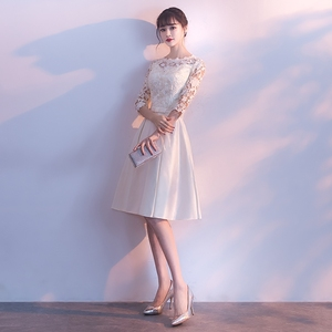Image 2 - فساتين سهرة قصيرة بيضاء مع نصف كم 2019 جديدة أنيقة س الرقبة بسيطة الساتان المرأة ثوب مسائي حجم كبير