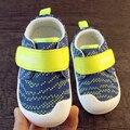 Primer Caminante Del Bebé Zapatos Zapatillas de Deporte De Goma Bota Infantil Calza Muchachos Polo Botines Bebé Artículos de Calzado 603121