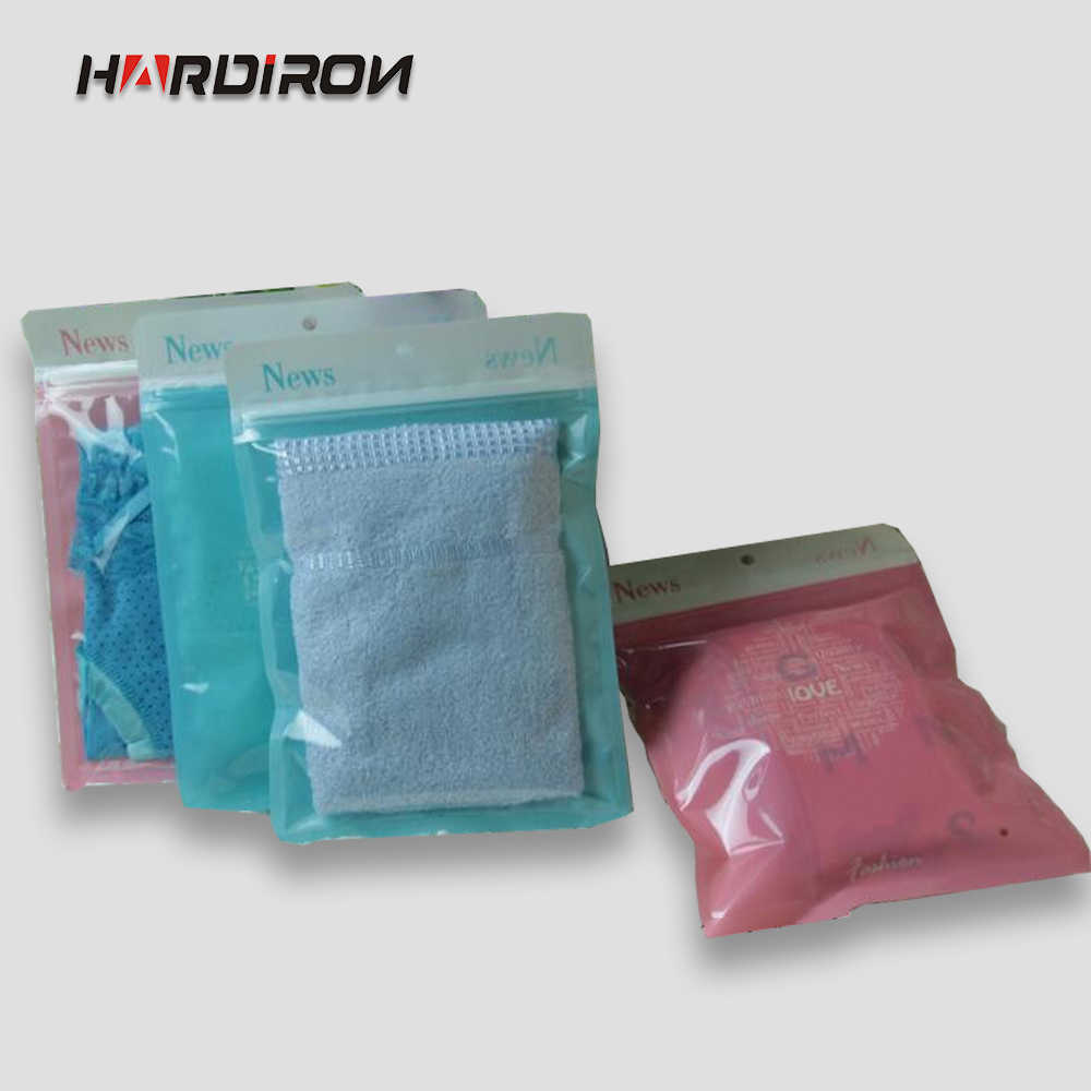 Hand-held Clothing Zipper Bags Underwear Ziplock Plastic Pouches Three Colors Closable New Material Plastic Packaging Bags