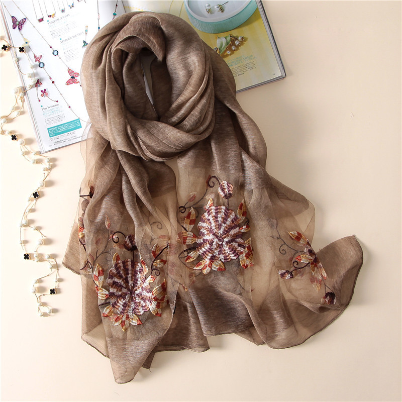 2019 new luxury brand women's   scarf   high quality Embroidery wool   scarves   summer silk   scarf   shawls   wraps   Bandana Female Foulard