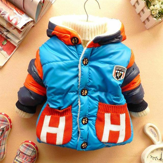 Baby boy clothing chaqueta de invierno para niñas abrigo de invierno lindo carta bebé traje para la nieve bebé gruesa chaqueta chaquetas para niños recién nacidos