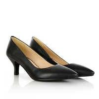 Preto e branco sapatos único, low salto alto, profissional de moda, casual dating
