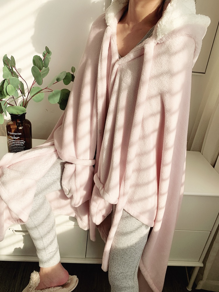 Cute Pink Comfy Blanket Sweatshirt Winter Warm Adults and Children Rabbit Ear Hooded Fleece Blanket Sleepwear Huge Bed Blankets 124