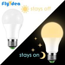 Bombilla LED con Sensor de luz diurna E27, lámpara de 10W, 15W, CA, 220V, 110V, IP44, luces para porche o jardín, automóbil inteligente para luz nocturna on/Off
