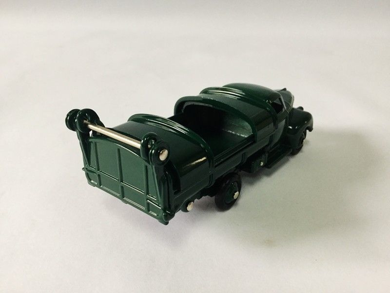 Купить с кэшбэком SET 1:43 Dinky Toys 25VS STUDEBAKER & 25V FORD BENNE ORDURES CAR MODEL