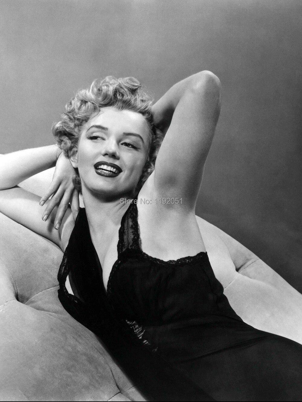 US SELLER-Marilyn Monroe kraft paper retro poster western art prints
