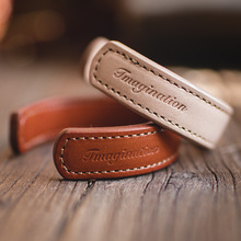 Maden list skórzany mankiet bransoletki dla mężczyzn regulowany ręcznie nadgarstek bransoletka Khaki brązowy nadruk indyjska biżuteria Thunderbird