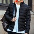 2016 Venta Caliente de Los Hombres Chaqueta de Invierno de La Moda Masculina Del Collar Del Soporte Sólido Capa gruesa Ropa de Invierno Slim Fit 5 Colores Más El Tamaño M-4XL