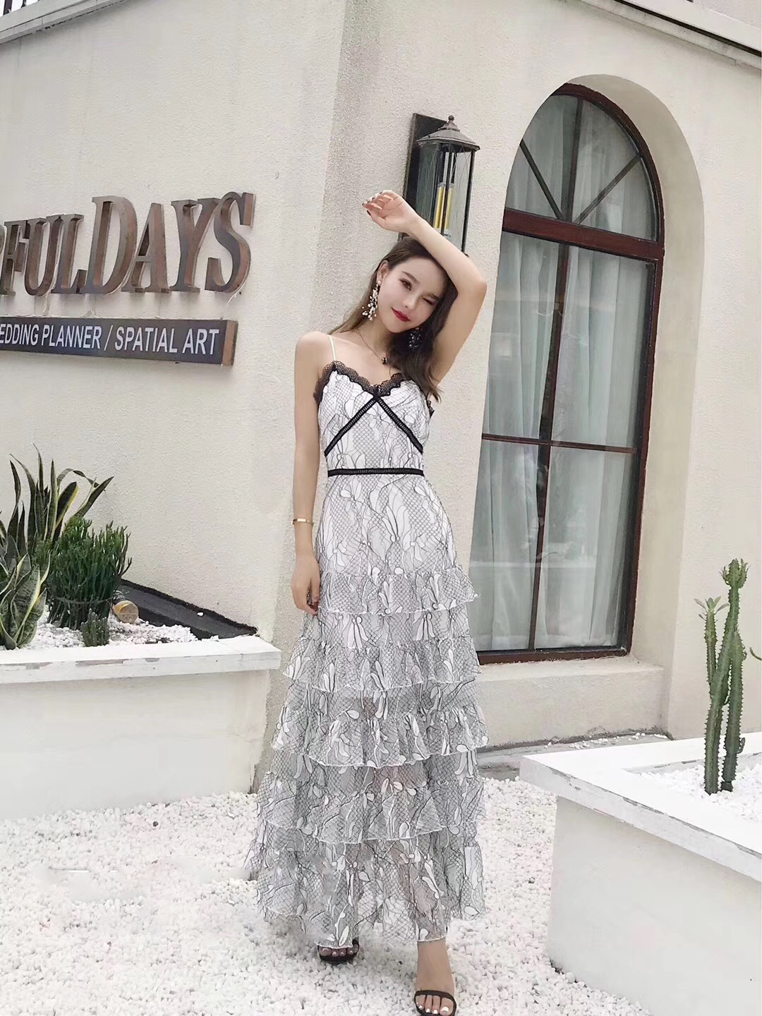 EDGLuLu maxi lace dress party uniformal women summered trending products 2018 floral spaghetti strap strapless layered dress