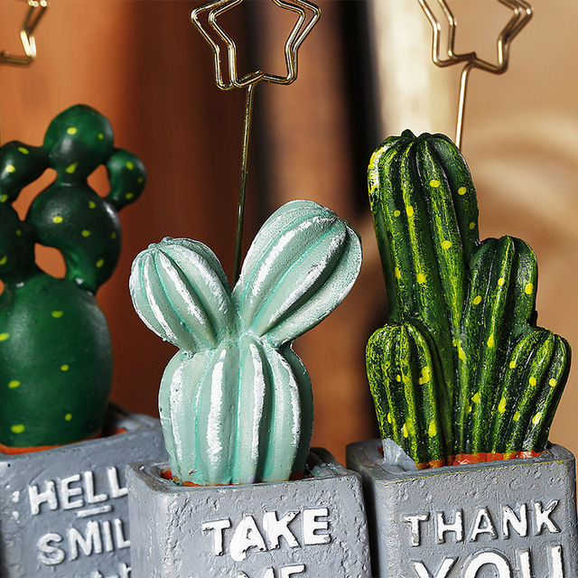 Cactus Shaped Picture/Memo Holder