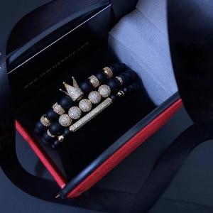 Image 1 - Mężczyźni bransoletka 3 sztuk/zestaw Uxury moda korona Charm bransoletka z kamienia naturalnego dla kobiet i mężczyzn Pulseras Masculina dla kobiet bransoletki