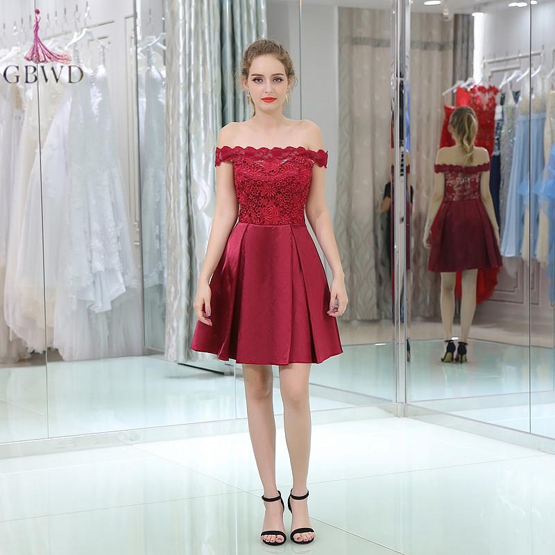 588af7ea037 Boat Neck Red Short Prom Dresses 2019 Knee Length Lace Up Satin ...