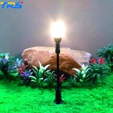 Teraysun 2017 New Arrival 7cm LED warm white miniature lamppost single-head scale model lamp