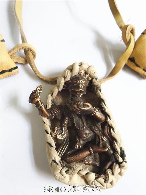 TNL180 Indio Dios Lobo grandes amuletos Kingkong, Cubierta de cuero de vaca Hombre Amuleto Colgante de collar Al Por Mayor de Tíbet Joya