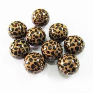 Image 1 - Neueste 20mm 100 pcs/lot Chunky Acryl Braun Leopard gedruckt Perlen