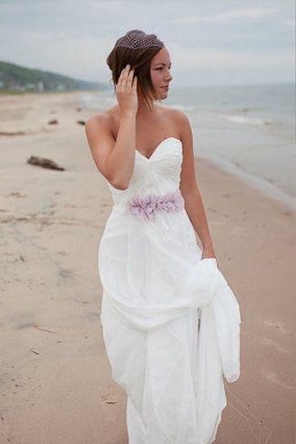 2019 New Summer Beach Simple Wedding Dresses With Beautiful Handmade Flower Sash Backless Bride Gowns Charming Vestido De Novia