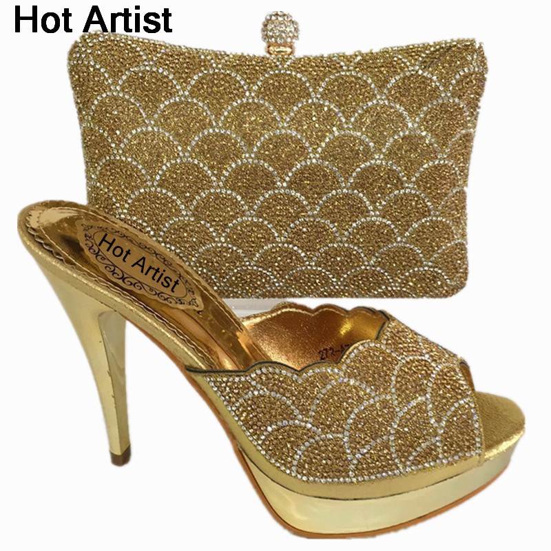 Hot Artist Latest African Woman Pumps Shoes And Matching Bags Italian Gold Color Shoe And Bag Set For Party In Women BL725C new african crystal shoes and bag matching set italian style woman middle heels shoes and bags for wedding party free shipping