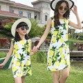 2017 novo chegada de verão da família mãe filha correspondência impressão lemon vestido clothing set mãe e filha de moda vestido 2106