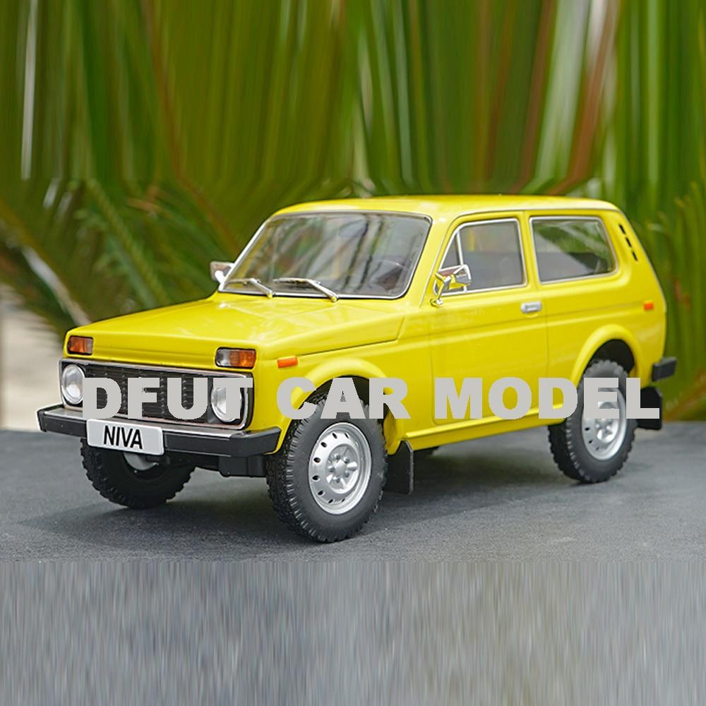1:18 Alloy LADA NIVA Car Model Of Children's Toy Cars Original Authorized Authentic Kids Toys