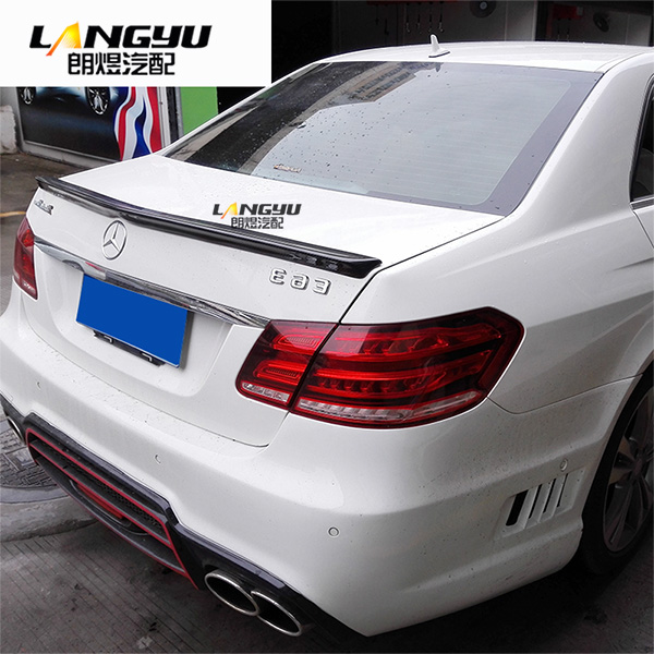 Fit for <font><b>Mercedes</b></font>-Benz E <font><b>W212</b></font> AMG E200E260E300 carbon fiber rear spoiler rear wing image