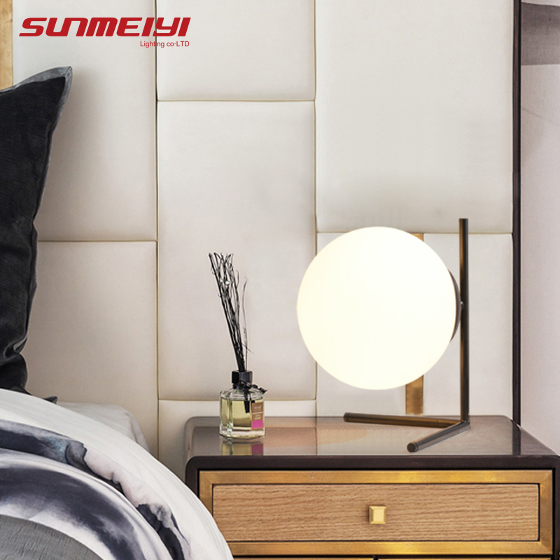Modern LED Table Lamps For Living room Bedroom Bed Lamp candeeiro de mesa Night Lights Home