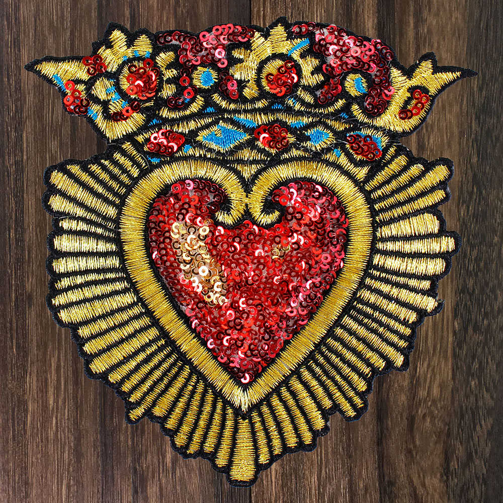 Detail Feedback Questions about 1pc Bead Piece Embroidered Heart shaped Patch  Sequins Patch Sew onT shirt DIY Fashion Decoration Badge Applique TH1154 on  ... 8a590f7e7031