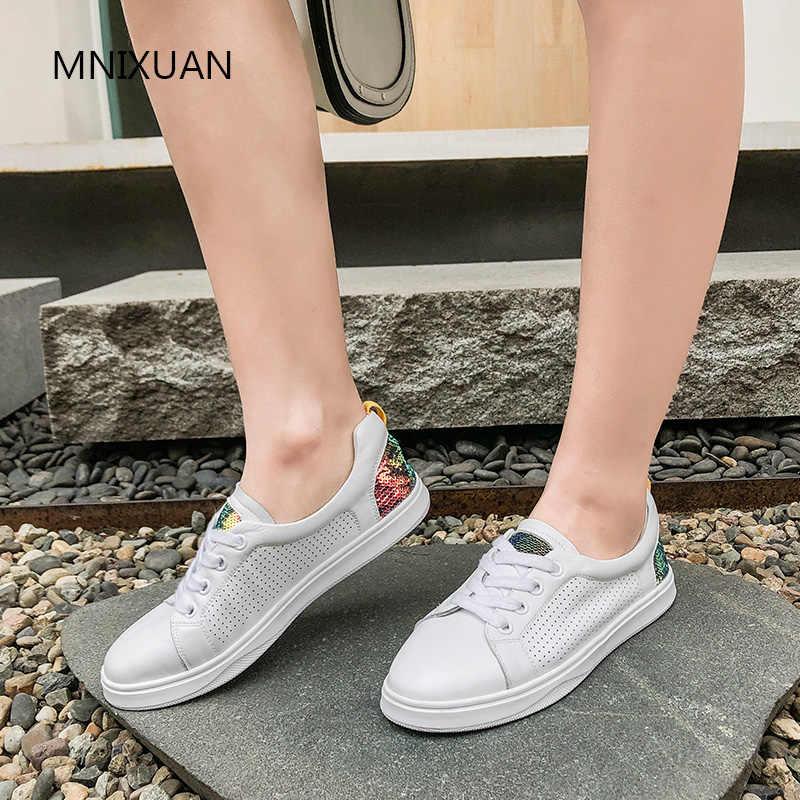MNIXUAN สบายๆเกาหลีรองเท้าผู้หญิง Vulcanized หญิง Comfort Lady รองเท้าผ้าใบสีขาว 2019 ของแท้หนังเลื่อมรองเท้าขนาดใหญ่ขนาด 42 43
